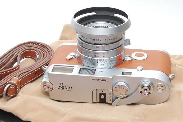 hermes-leica-m7-official-1