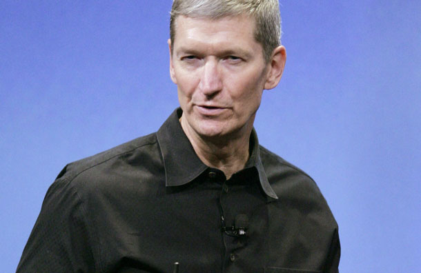 apple-s-chief-operating-officer-tim-cook-who-will-replace-steve-jobs-after-his-resignation-pic-ap-178630475