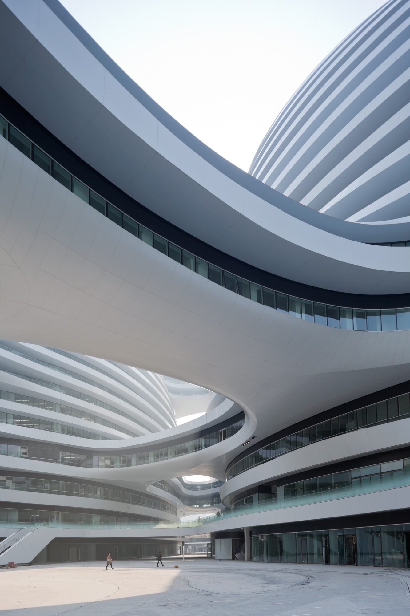12-galaxy-soho-by-zaha-hadid-architects